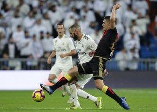 Griezmann jeziček na tehtnici ob zmagi 'Atletov' v Valladolidu, Real stežka do ...