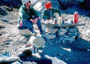 Po 30 letih v Himalaji našli posmrtne ostanke plezalcev