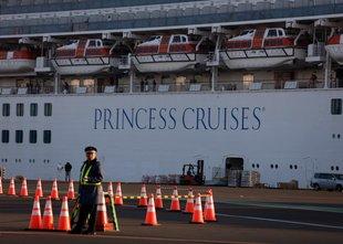 Križarka Diamond Princess: okuženih že 454 potnikov
