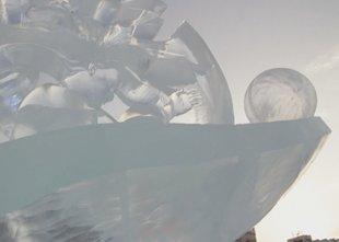 Na ruskem prvenstvu v izdelovanju ledenih skulptur zmagala kreacija 'Lepa si'
