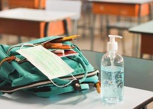 Učitelji in vzgojitelji se bodo morali testirati vsakih sedem dni