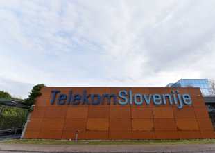 T-2 s tožbo nad Telekom Slovenije