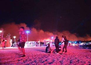 Zagorelo v Zrćah: evakuirali 10.000 ljudi