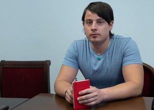 Tožilka spremenila obtožnico, Korošcu grozijo štiri leta zapora manj