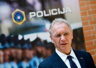 Notranji minister Aleš Hojs zahteva revizijo že zaključenih kriminalističnih ...