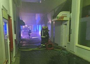 Zagorelo v kuhinji lokala, dve osebi potrebovali pomoč zaradi vdihavanja dima