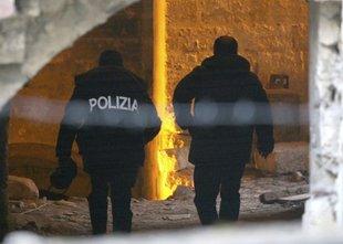 Teroristom pomagal tako, da jim je priskrbel ponarejene osebne izkaznice