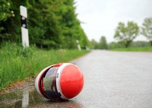 V nesreči umrl 33-letni voznik motornega kolesa