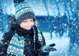Prihaja prva pošiljka snega: Kje ga bo padlo največ?