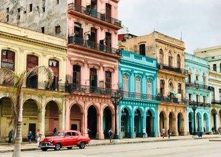 Mesto, ujeto v času, praznuje 500 let: 'Havana živi, poje, pleše in sanja'