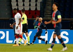 Neymar z bele točke povedel Parižane v vodstvo, 1:0*