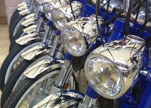Interes za motorje je, ni pa denarja za njihovo proizvodnjo