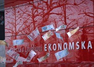 Dodatni zaslužki zaposlenih na javni Ekonomski fakulteti