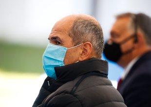 Janša: Danes potrdili več kot kot 1.100 okužb s koronavirusom