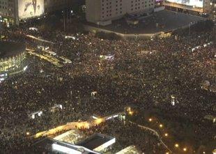 Prepoved splava sodu izbila dno: središče Varšave preplavili protestniki