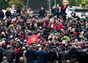 Protest proti ruski oblasti: 'Putin je tat'