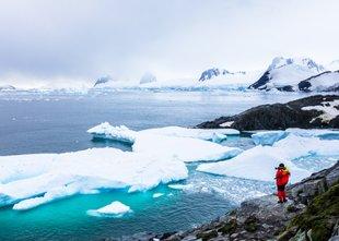 Mož, ki je peš dosegel severni in južni pol: Računovodje bi rešili Antarktiko