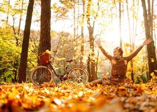 Kljub začetku koledarske jeseni bodo temperature ob koncu tedna spet bolj ...