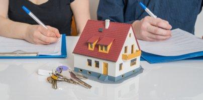 Delitev premoženja po ločitvi: kaj se zgodi z darili?