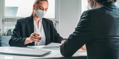 Ali lahko na razgovoru za delo vprašajo, ali ste cepljeni ali preboleli?