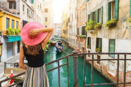 Prepustite se ulicam, naj vas ponesejo v najbolj skrite kotičke Benetk.