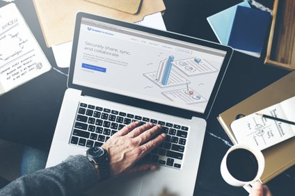 Brskalnik Chrome maja prinaša hitrejše nalaganje strani. Možnosti Lazy loadinga se bodo razveseli predvsem tisti, ki imajo počasen računalnik oz. se borijo s počasno povezavo v svetovni splet.