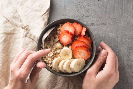 V protivnetni dieti se izogibamo vseh živil, ki v našem telesu povzročajo in povečujejo vnetja.