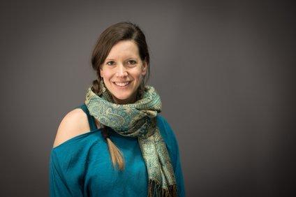 Tina Korošec, socialna pedagoginja, Geštalt izkustvena družinska terapevtka in psihoterapevtka