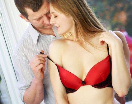 V fazi skupnega staranja se partnerja začneta osredotočati predvsem na lastne užitke.