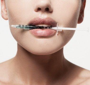 Smisel estetske medicine ni pretiravanje, to vodi v nepopravljive napake.
