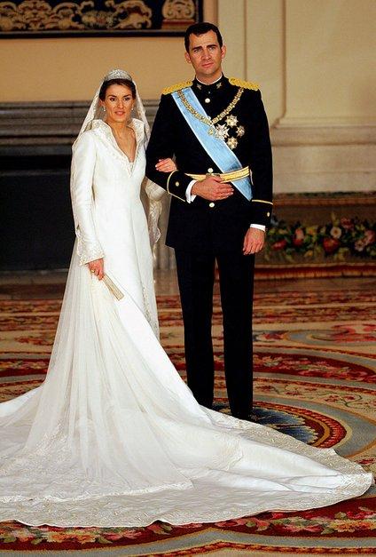 Poročna fotografija Letizie in Felipeja