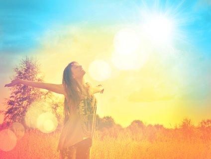 Z vero vase in izoblikovano vizijo življenja boste ustvarili okoli sebe pozitivno vibracijo, ki vodi k boljšemu počutju.