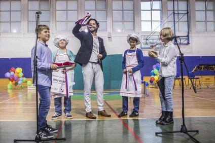 Miha in Peter sta v prvi sezoni šoli prikuhala 5.000 evrov.