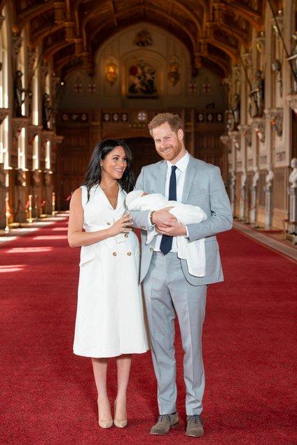 Sussex je lani po skoraj dveh stoletjih ponovno dobil svojega vojvodo, prvo vojvodinjo, pred dobrim mesecem dni pa še dediča vojvodine.