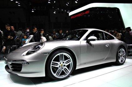 Porsche 911 v Tokiju leta 2011.