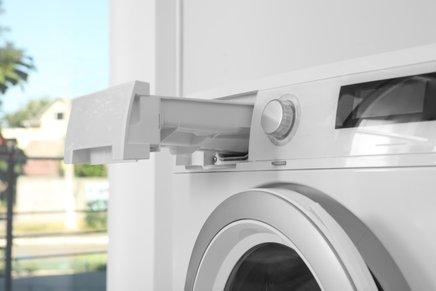 Pralno sredstvo igra pomembno vlogo pri čistoči in svežini perila.