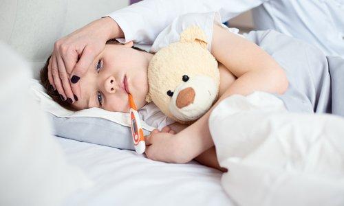 Kako pomagati otroku v času številnih obolenj?