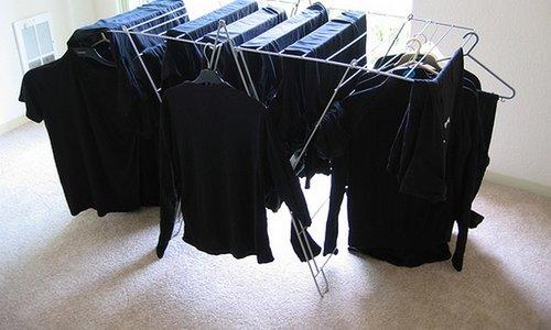 Super trik za pranje črnih oblačil