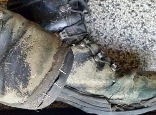 Uničeni vojaški čevlji