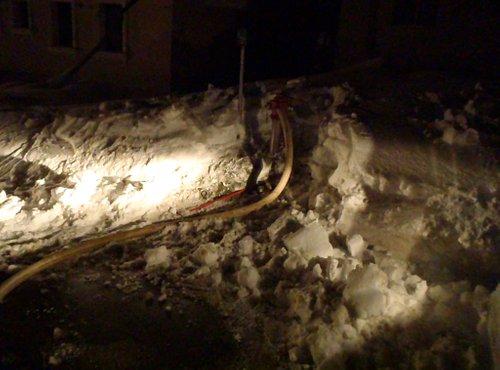 zasnežen hidrant za vodo pri Rakitnici