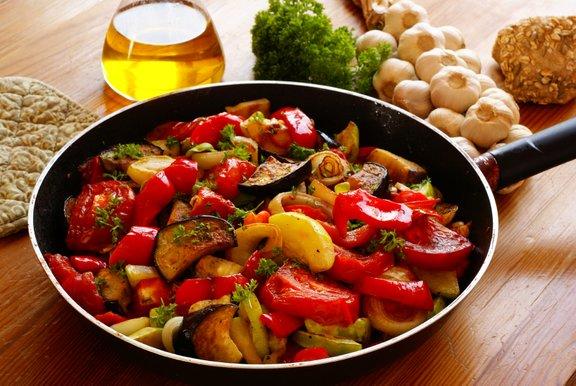 Znamenita francoska zelenjavna jed ratatouille prihaja iz Provanse.