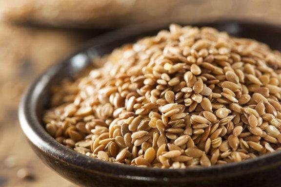 Laneno seme je bogat vir omega 3 maščobnih kislin.
