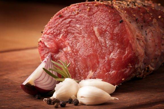 Izberemo samo eno ali dve začimbi, ki bosta poudarili okus mesa.