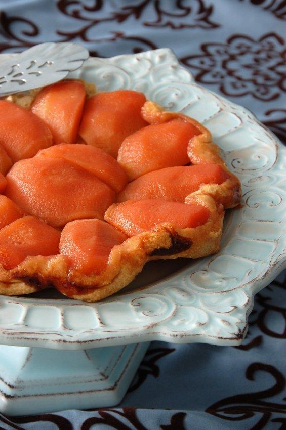 Vrhunska sladica francoske kulinarike: pita Tatin s kutinami.