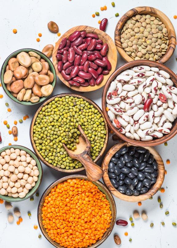 Stročnice vsebujejo veliko topnih vlaknin, kalija, magnezija, vitamina B in železa.