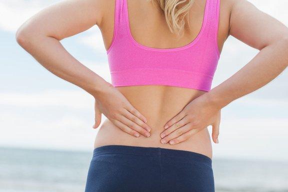 Arterije v spodnjem delu hrbta so ene prvih, ki se zamašijo. Prav zato so bolečine v spodnjem delu hrbta eden najpogostejših prvih simptomov, ki kažejo na to, da se na naših žilah nabirajo obloge.