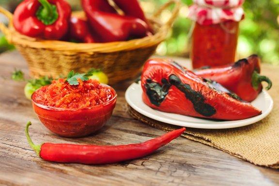 Pri nakupu moramo biti pozorni, da je paprika dovolj čvrsta in ni razpokana.
