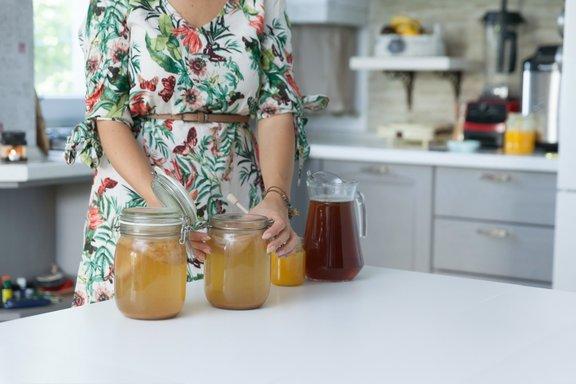 Višja kot je temperatura, hitreje bo pijača fermentirala.