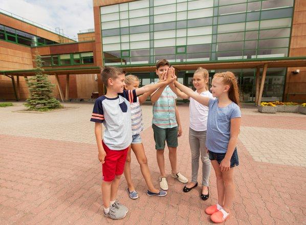 Slovenski šolarji so za pouk na prostem
