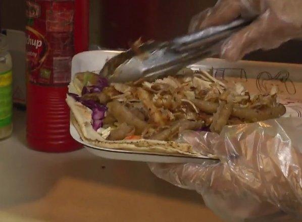 Pojedli smo štiri tone spornega kebaba. Kdo vse ga je prodajal?